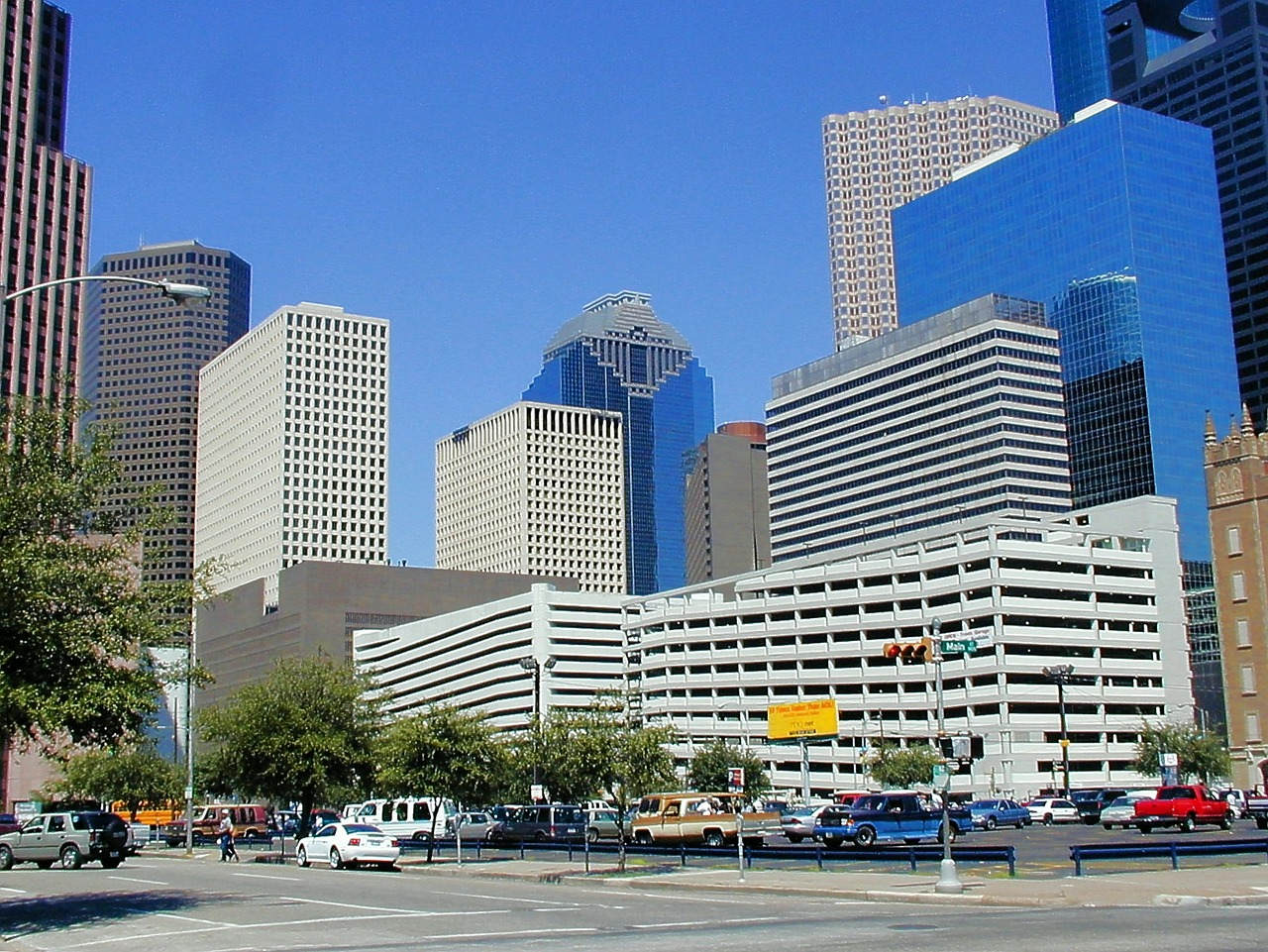 Houston, TX   2014 Top CRE Markets to Watch : Apartment