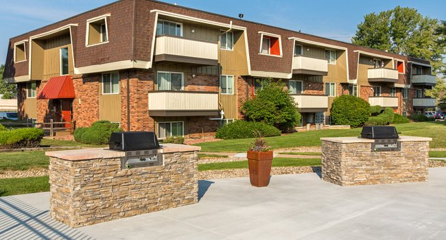 SVN® | Doug Carter LLC Completes Sale Of The Park At Whispering Pines Apartments In Colorado Springs For $26.47 Million