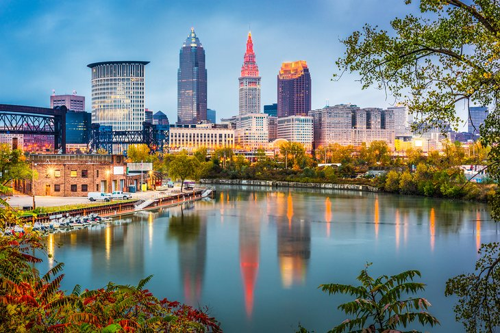 SVN® Expands Presence In Ohio with the Addition of SVN | Summit Commercial Real Estate In Cleveland